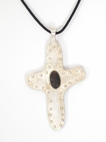 BLACK AMBER SILVER COATED CROSS MEDALLION NECKLACE
